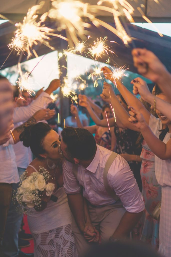 Musikken i bryllupet skaper stemningen
